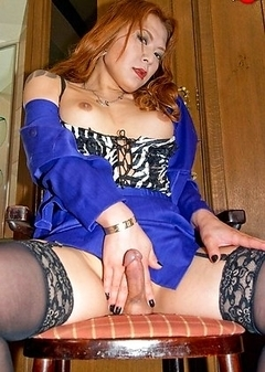 Asian Transsexual Reina