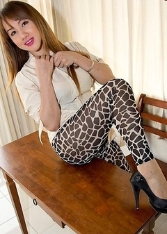 Asian Transsexual Nadia