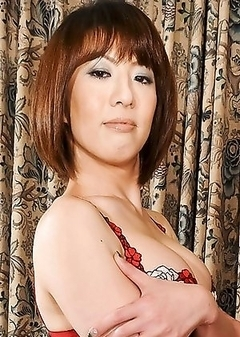 Asian Transsexual Yuuki Tominaga