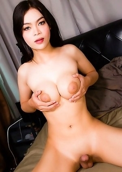 Asian Transsexual Lin