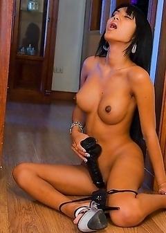 Dark skin Ladyboy Nid and her amazing post op body