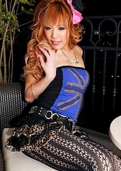 Reina works in a sex parlour that specializes in newhalfs and keeps many men happy with her sexual services.